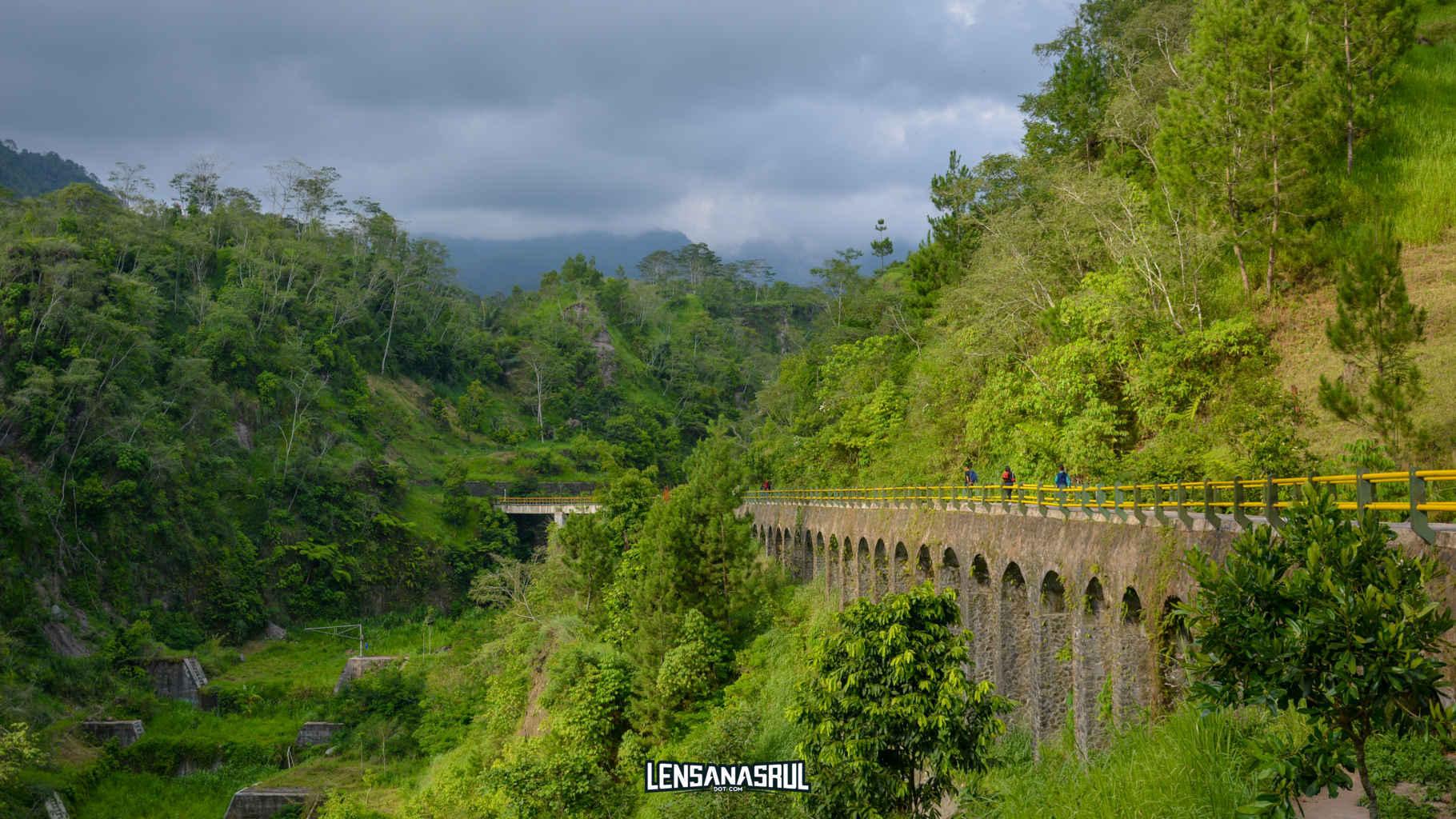 Jembatan plunyon kali kuning